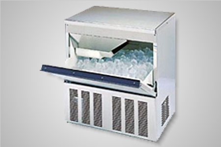 Hoshizaki ice machine (44kg production) - Model IM-45CNE-25