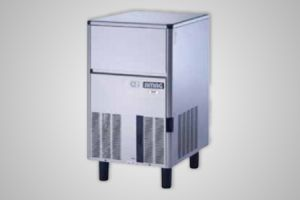 Bromic self-contained 31kg solid cube ice machine - Model IM0032SSC