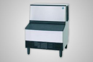 Hoshizaki ice machine (128kg production) - Model KM-125A